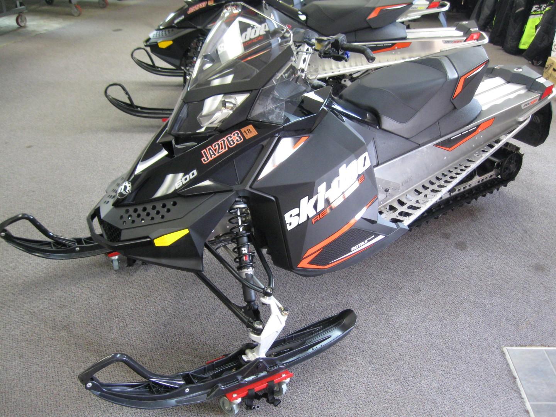 2016 Skidoo Rev XP Renegade Sport 600 Snowmobile for sale Seaberg Motorsports Crosslake MN Front orange black