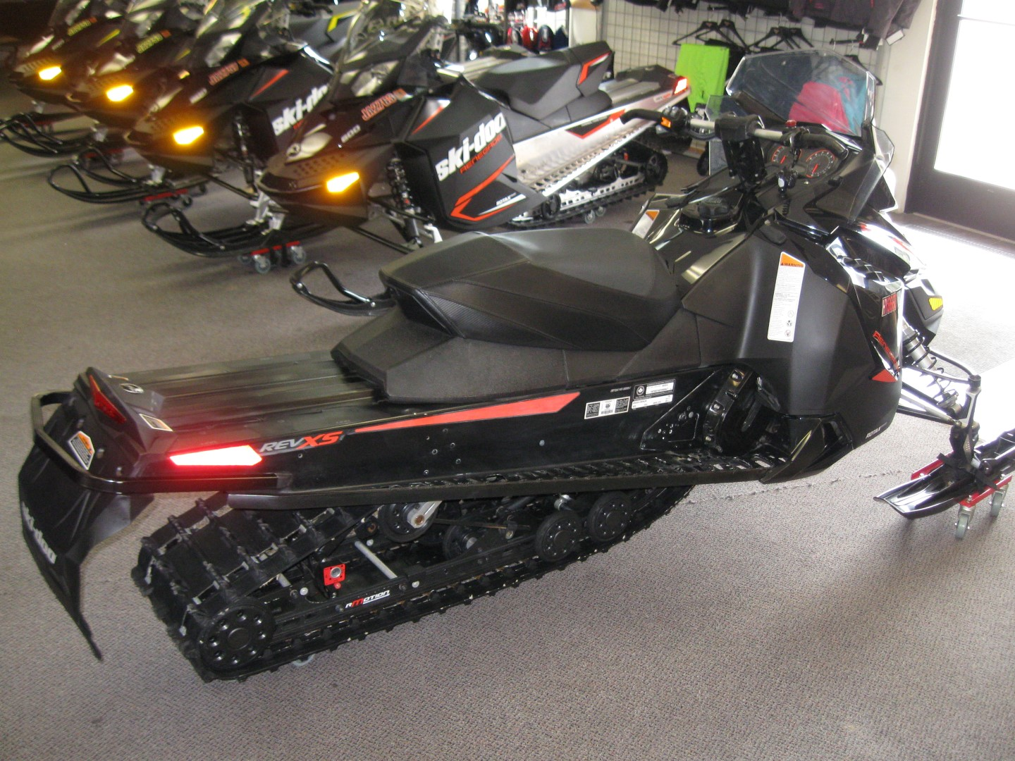 2015 Ski-Doo MXZ Renegade 600 E-Tec Snowmobile for sale eagan mn Seaberg Motorsports Crosslake MN rear right quarter