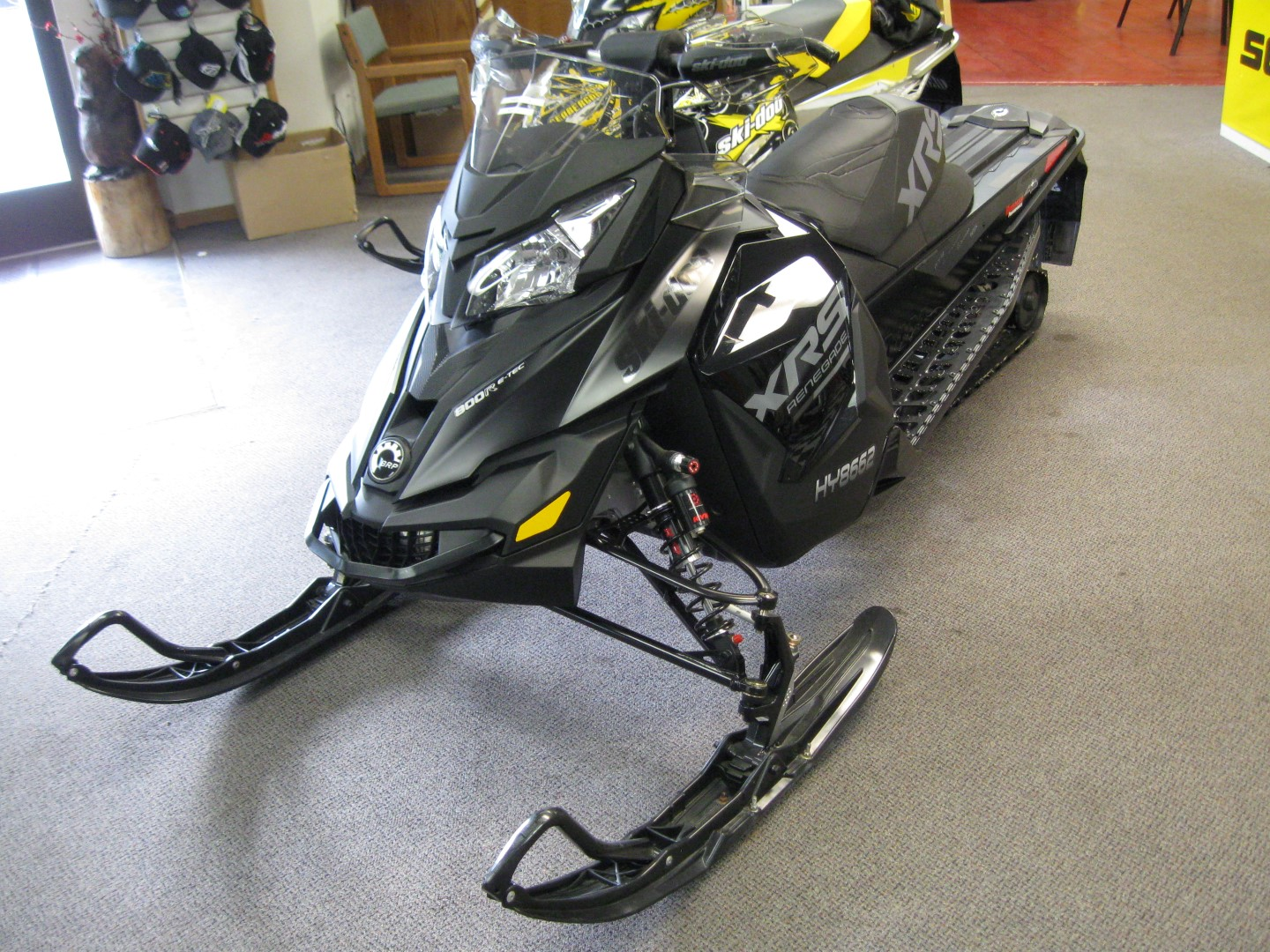 2015 Ski-Doo Renegade 800R E-TEC snowmobile for sale st cloud mn Seaberg Motorsports Crosslake MN Front quarter View