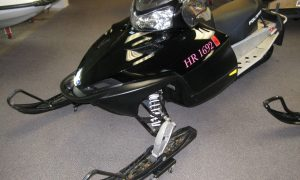 2008 Polaris IQ Shift 600 for sale black minnetonka mn seaberg motorsports crosslake mn front quarter view right