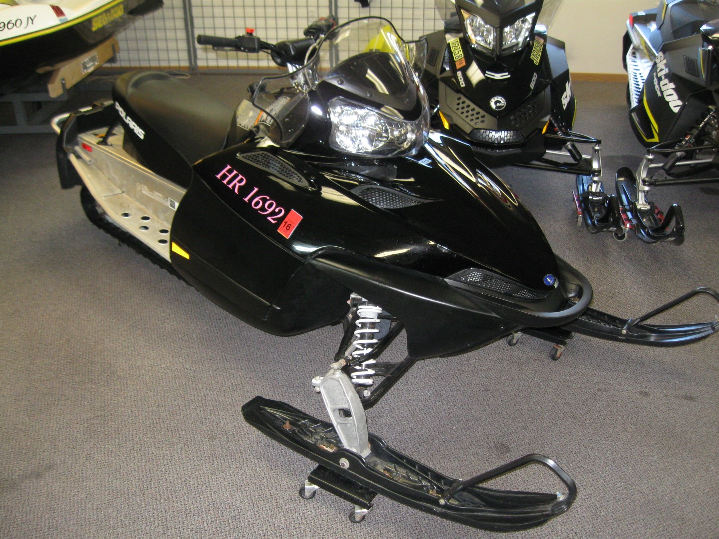2008 Polaris IQ Shift 600 for sale black minnetonka mn seaberg motorsports crosslake mn front quarter view skis