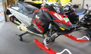 2011 Ski-Doo Renegade 800 XP snowmobile for sale Maple grove MN Seaberg motorsports front quarter view red and black