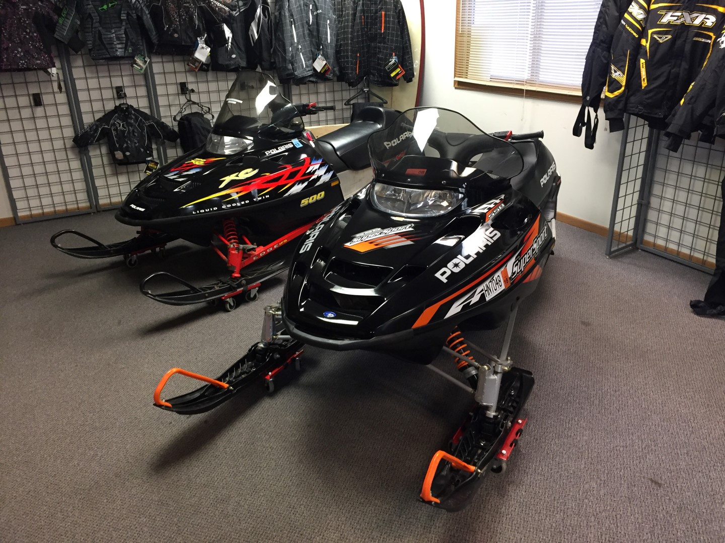 2005 polaris supersport 550 Deluxe track for sale seaberg motorsports crosslake MN quarter view st cloud minneapolis