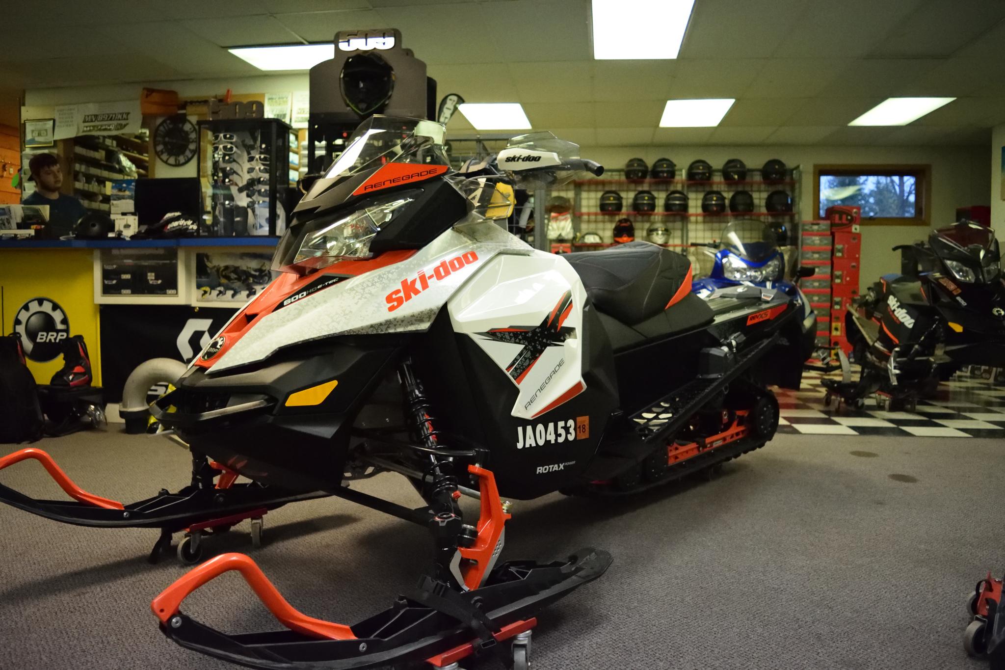2016 Ski Doo Renegade X 600 HO E-TEC Seaberg Motorsports Crosslake Minnesota side