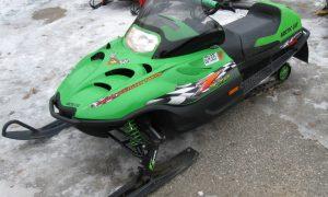 2002 Arctic Cat Z 370 snowmobile left quarter Minnesota for sale